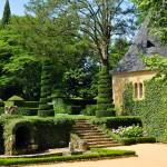 jardins manoir eyrignac - cour manoir et chapelle