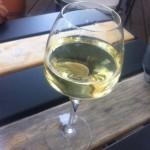 Chai Monique - verre de blanc moelleux