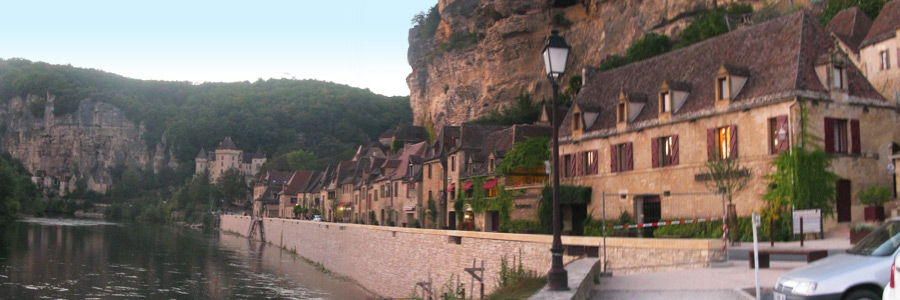 village de La Roque-Gageac en Dordogne